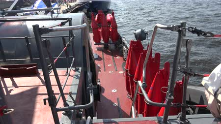 mayın : Buoys to indicate underwater mines. Shot in 4K