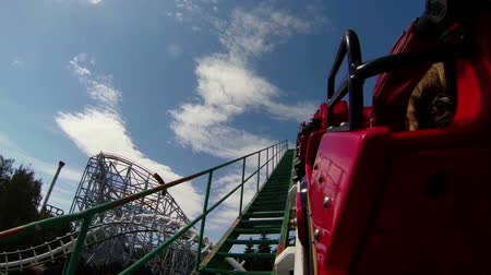 rolete : Roller coaster. Attraction. Vídeos
