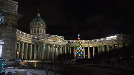kazanskiy : Christmas tree at the Kazan Cathedral in St. Petersburg. Shot in 4K ultra-high definition UHD, so you can easily crop, rotate and zoom, without losing quality!  Real time.