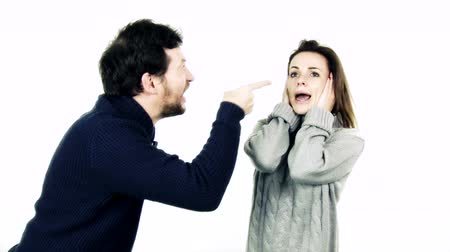 argumento : Funny couple shouting at each other