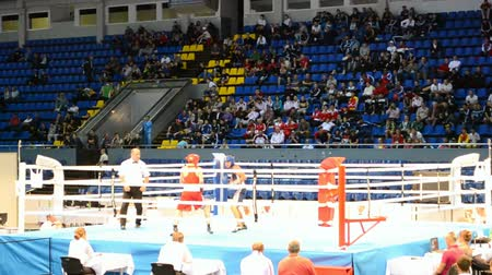 mortal : KIEV - UKRAINE, SEP 09: Junior World Boxing Championships 2013 on September 09, 2013 in Kiew, Ukraine. Commands during preliminaries boxing competition.