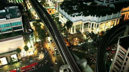 manzaraları : Top view of night traffic in Bangkok