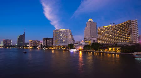 estância turística : Timelapse - Bangkok City at sunset with lighted boats on the river