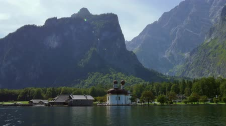 pielgrzymka : St. Bartholomew Chapel at Koenigssee, Berchtesgaden National Park, Berchtesgadener Land, Upper Bavaria, Bavaria, Germany, Europe Wideo