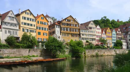 empregos : Houses on the Neckar river, old town, Tuebingen, Swabian Alb, Baden-Wuerttemberg, Germany, Europe Stock Footage