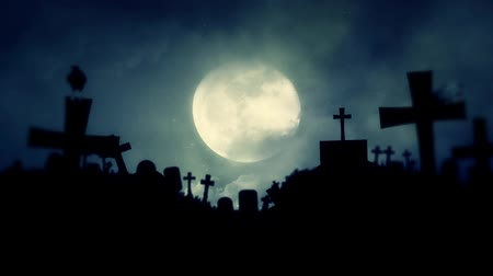 trumna : Full Moon Rising in an Old Graveyard with Black Ravens Wideo