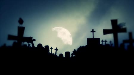 trumna : Gothic Graveyard with Black Ravens on a Misty Full Moon Night Wideo