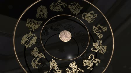 strzelec : Golden Zodiac Wheel with Signs and Sun
