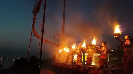 puja : Priests Performing A Puja In Varanasi Ghat Stock Footage