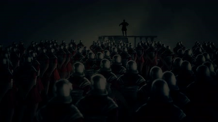imparatorluk : Roman Centurion Gives a Speech in Front of a Legion Under a Thunderstorm Stok Video