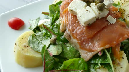 fumado : Smoked salmon salad with fresh vegetable