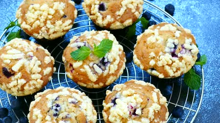 muffin : Muffins with Blueberry Stock mozgókép