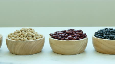 vagens : Assorted of Beans, Red bean, Soy bean, Mung bean, Black Bean Vídeos