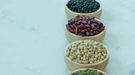 腎臓 : Assorted of Beans, Red bean, Soy bean, Mung bean, Black Bean 動画素材