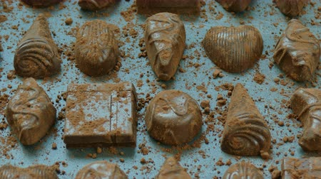 yermantarı : Closeup of dessert chocolates