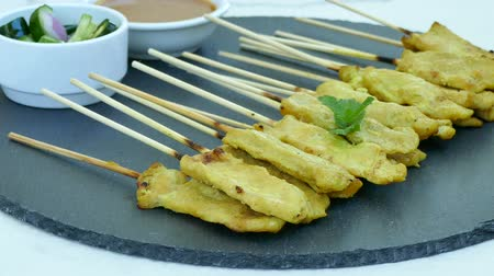 pinda s : Chicken Satay with peanut sauce Stockvideo