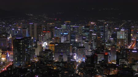 митрополит : 4K Time lapse Building of Seoul skyline with Seoul tower in South Korea