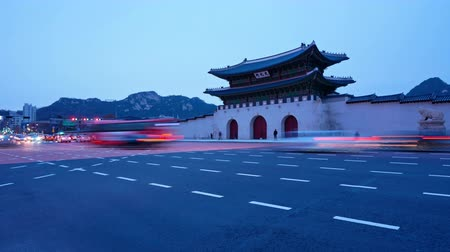 Time lapse of Gyeongbokgung palace and traffic in Seoul South korea.