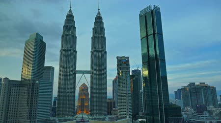 kl : Beautiful Time lapse Kuala Lumpur city skyline of Petronas Twin Towers