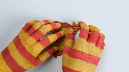 feloszt : Catalonian hands separated Catalonia from Spain