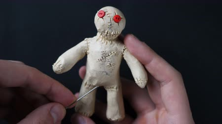 marionetka : Voodoo Doll. Illustration of impotence, prostatitis, sexually transmitted diseases Wideo