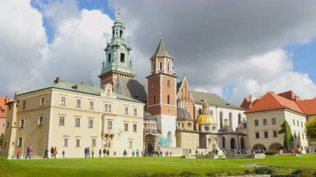 wawel : Wawel Castle is the main attraction of Krakow, Poland