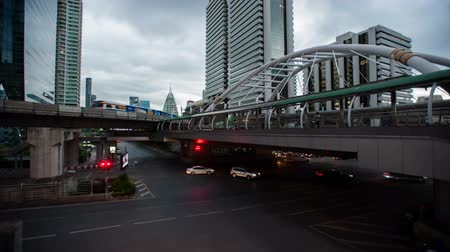 dlouhé expozice : Time Lapse Bangkok,Thailand : The traffic at twilight on Sathorn road Dostupné videozáznamy