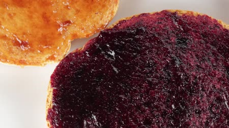 işlenmiş : Rusks with lots of berries jam