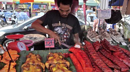 carne : Street cooking is a tradition and ubiquitous in Thailand.