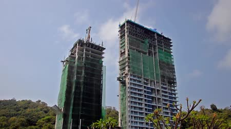 properties : buildings under construction