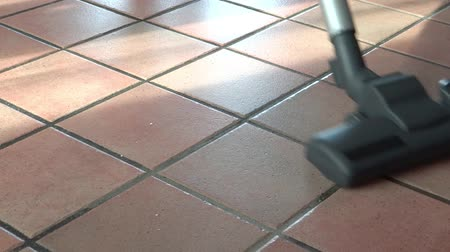 çini : Cleaning floor, vacuum cleaner close up Stok Video