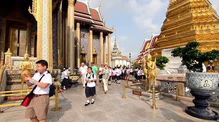 saray : thai school class in grand palace, bangkok Stok Video