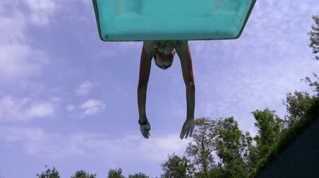 Доски : boy jumping into the pool