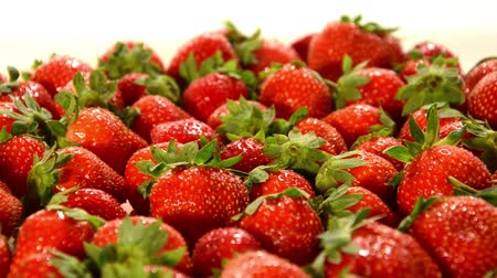 vitaminic : strawberries