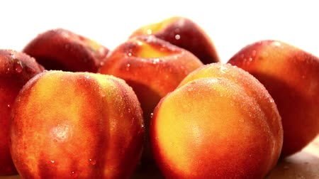 vitaminic : nectarines, peaches