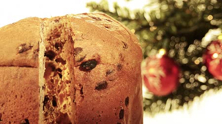 hiç kimse : panettone christmas cake Stok Video