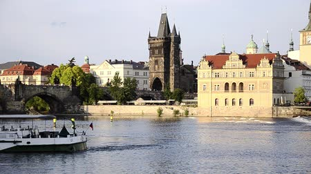prague bridge : prague