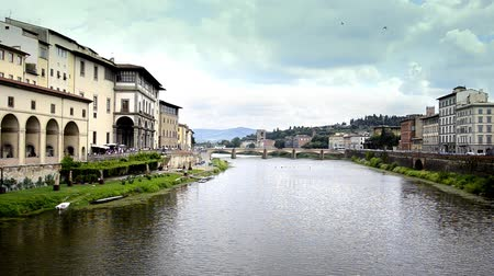 florencja : Italy, Florence, Typical Cityscape, arno river Wideo