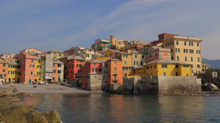elnök : Boccadasse is an old mariners' neighborhood of the Italian city of Genoa