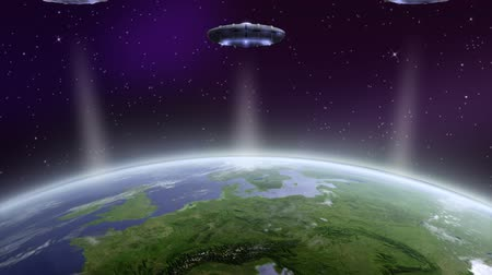 нападение : UFO flying above earth