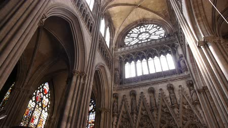 normandiya : Cathedral interior at Rouen, Normandy France, PAN