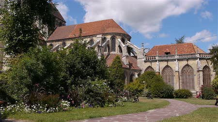 középkori : Garden and cathedral exterior at Lisieux, Normandy France