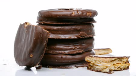migalhas : chocolate outer biscuits some broken sections rotating Stock Footage