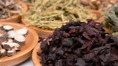 kurutulmuş : several kind of Chinese herb medicines with rotation Stok Video