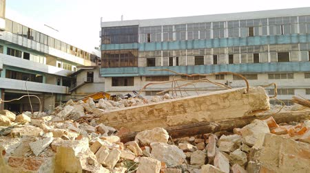 guba : Demolition of an old building in a shiny day