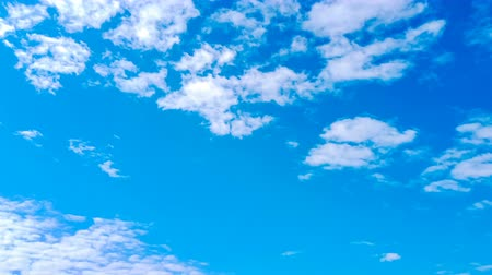 maravilhoso : time lapse of beautiful clouds and blue sky in the morning