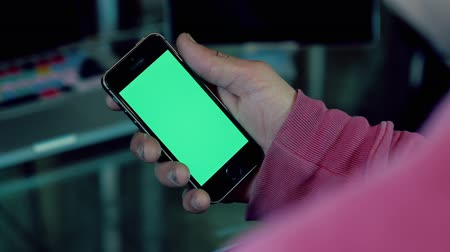 usual : Green screen smartphone (phone) hand Stock Footage