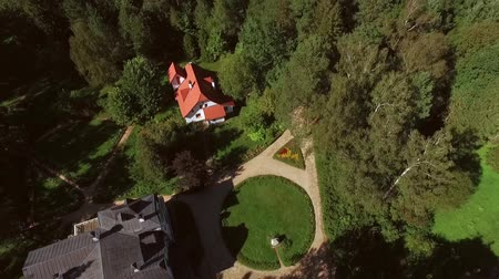 dacha : Healthy lifestyle in summer villa. Shooting from a helicopter, the suburban real estate Stock Footage