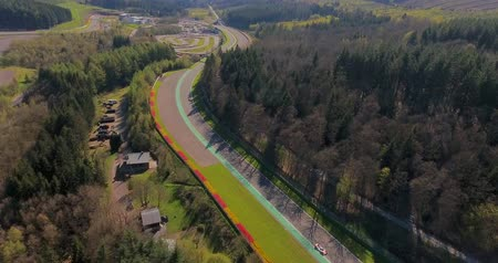 závodní dráha : Stavelot, Belgium - June 10, 2018: Aerial view of Spa-Francorchamps Circuit, motor-racing circuit is the venue of the Formula One Belgian Grand Prix, and of the Spa 24 Hours