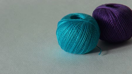 meada : blue ball of yarn for knitting and needlework